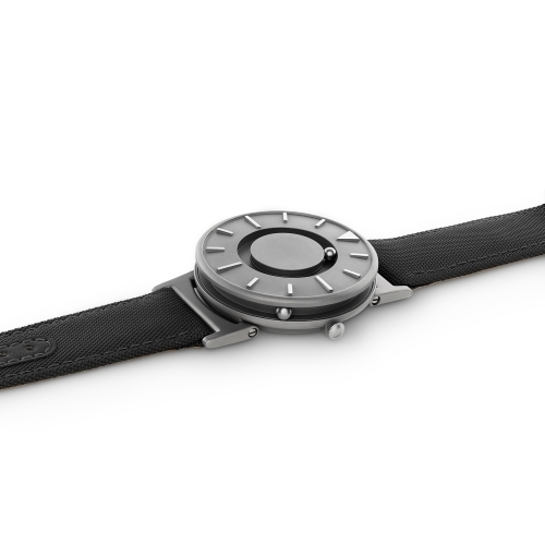 Bradley Canvas | Noir | Men's Watch | Eone