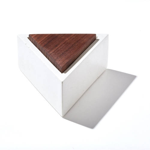Triangle Box, IN.SEK Design