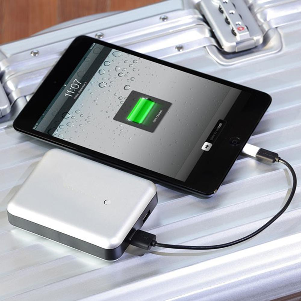 Gum Max Duo   Just Mobile   High-capacity Portable Charger
