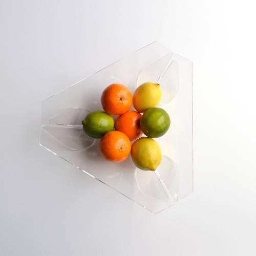 Trièdre-Triangle, Transparent