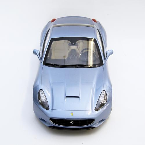 Ferrari   California CLD   Amalgam   1:8 Scale Model Car