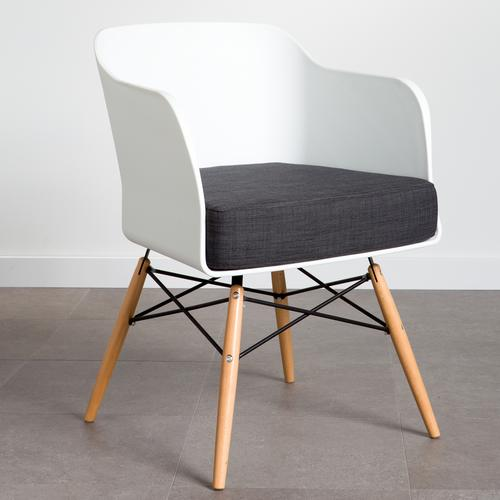Pablo PP Arm Chair
